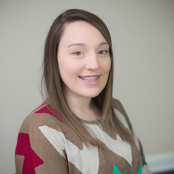 Headshot of Lindsey Farver